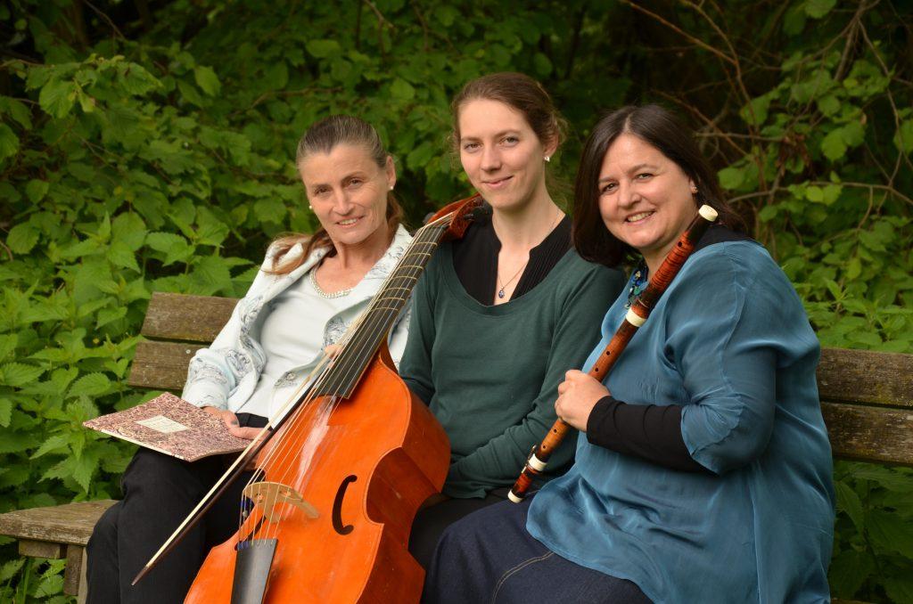 Edith Schiller, Anna Barbara Wagner, Ingrid Naftz ©Vera Schabbon